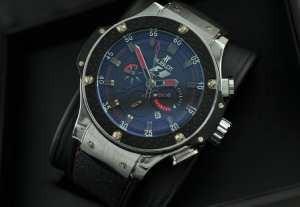 自動巻き ウブロ メンズ腕時計  6針クロノグラフ日付表示 ラバー 44.95mm