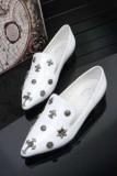 女性大好きなレディース用の白いクロムハーツ パンプス 十字架ロゴが付きフラットシューズ CHROME HEARTS ポインテッドトゥ パンプス靴.