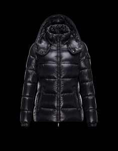 年末年始セールMONCLER モンクレール メンズ ダウンジャケット マヤブラック 秋冬美品