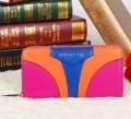 光沢感がある質感のジバンシィ、Givenchyの爆発的通販のレディース長財布.