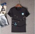 お洒落存分なフェンディ、Fendiの予約販売商品の白、黒メンズ半袖Tシャツ.