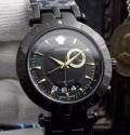 爆買い格安なヴェルサーチ 偽物 Vレース GMT アラーム VERSACE 黒 自動巻きメンズ 腕時計 29G70D282S282.