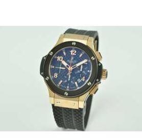 一味違うウブロ  HUBLOT  スティール   301.SX.7170.LR 新品 モダンで洗練された腕時計
