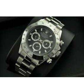 高級感向上にROLEX ロレックス デイトナ 派手過ぎず116500LN 腕時計