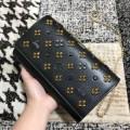 優雅さに溢れるChristian Louboutin Palomaルブタンコピーレディースパロマチェーンショルダーバッグ