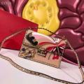 エレガンスな雰囲気に VALENTINO ヴァレンティノ ショルダーバッグ 4色可選 著名人も愛用した