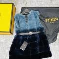 2019年秋冬最新のトレンド  フェンディ この秋トレンドに合わせる着こなし  FENDI スカート 秋冬ファッションをバランスよく仕上げる