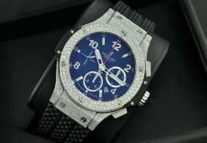 スイスムーブメンノ7750  ウブロ メンズ腕時計 自動巻き 6針クロノグラフ 日付表示  42MM ダイヤベゼル ラバー