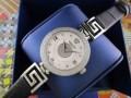秋冬 高級感ある   ヴェルサーチ 腕時計