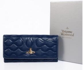 大人っぽさが魅力的なヴィヴィアン ウエストウッド、Vivienne Westwood スーパーコピーの二つ折り長財布.