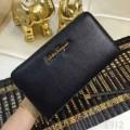 数量限定セールフェラガモ財布コピー FERRAGAMOラウンドファスナーウォレットロゴありブラック