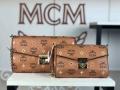 エムシーエム MCM 斜め掛けバッグ 2色可選 2019秋冬におしゃれな着こなし この秋で旬のスタイルを楽しむ