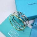 ブレスレット ナチュラルコーデに使いやすい  ティファニー ふんわりまとって暖かお洒落 Tiffany&Co 程よい抜け感を演出 3色可選